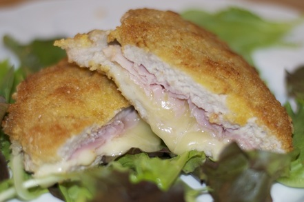 veal,cutlet,ham,fontina,cheese,fried,italian,food,recipe
